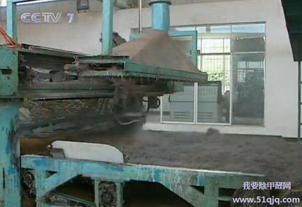 棕榈床垫喷胶工艺展示